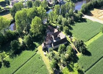 Thumbnail 16 bed property for sale in Montignac, Dordogne, France