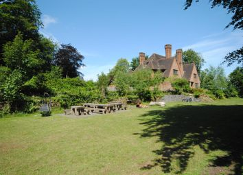 Thumbnail 3 bed flat to rent in Westwood Road, Windlesham