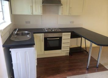 Thumbnail 2 bedroom flat to rent in Station Road, Crossgates, Leeds