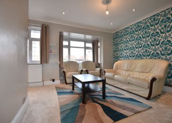 Thumbnail 3 bed flat to rent in The Greenway, London