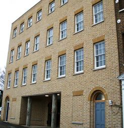 Thumbnail 2 bed flat to rent in 8 Union Street, Rochester