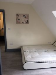 Thumbnail 1 bed flat to rent in Packhorse Road, Gerrards Cross