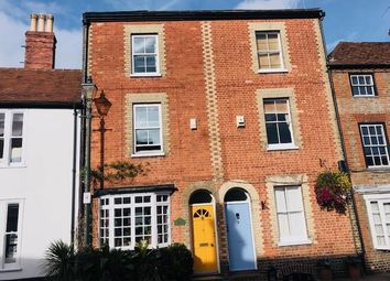 Thumbnail Studio to rent in New Street, Henley Town Centre