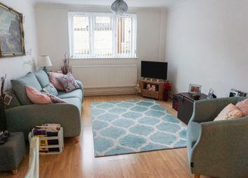 Thumbnail 2 bed flat for sale in 44 Fitzroy Street, Sandown