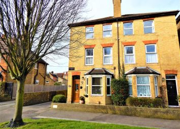1 bed flat to rent in Albany Road, Sittingbourne ME10