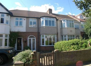 Thumbnail 3 bed property to rent in Heather Glen, Romford