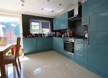 5 bed terraced house to rent in Graveney Rd, Tooting SW17
