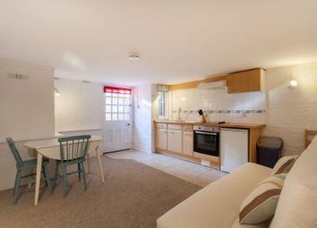 Thumbnail 1 bed flat to rent in Thorncliffe Road, Oxford