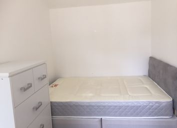 Thumbnail 2 bedroom shared accommodation to rent in Dylways, London