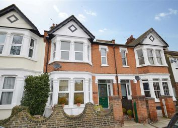 Thumbnail 2 bed flat to rent in Sunningdale Avenue, Leigh On Sea, Essex