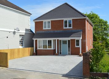 Thumbnail 3 bed detached house for sale in Stoke Common Road, Bishopstoke, Eastleigh