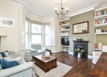 Thumbnail 2 bedroom flat for sale in Archway Road, Highgate