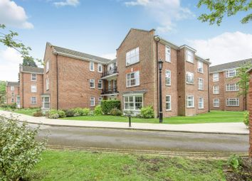 Thumbnail 3 bed flat for sale in Whitelock House, Phyllis Court Drive, Henley-On-Thames