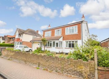 4 bed detached house for sale in Mollands Lane, South Ockendon RM15