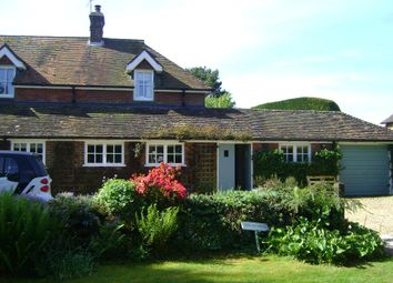 Thumbnail 1 bed flat to rent in Scotland Lane, Haslemere