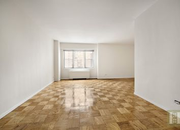 Thumbnail Studio for sale in 165 West 66th Street 21H, New York, New York, United States Of America