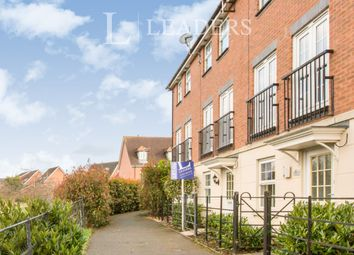 3 bed town house to rent in Birchall Close, Stapeley, Nantwich CW5
