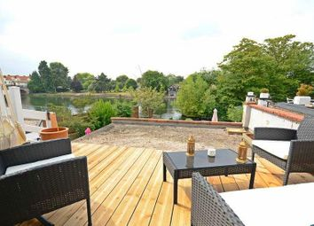 Thumbnail 2 bed flat to rent in Mill Lane, Taplow, Maidenhead