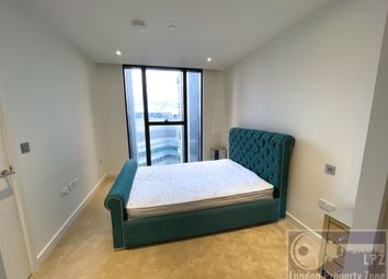 Thumbnail 1 bed flat to rent in Marsh Wall, South Quay