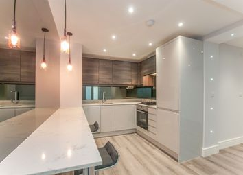 Thumbnail 1 bed flat for sale in Queen Street, Maidenhead