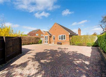 Woodside Road, Amersham, Buckinghamshire HP6. 3 bed detached house for sale