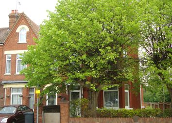 Thumbnail 2 bedroom flat to rent in High Street North, Dunstable