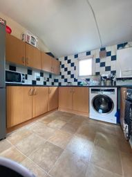 3 bed maisonette to rent in Wandsworth Road, London SW8