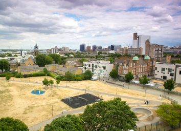 3 bed flat for sale in Rifle Street, London E14