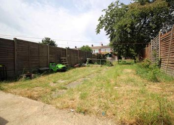 Thumbnail 3 bed semi-detached house to rent in Warren Road, Luton