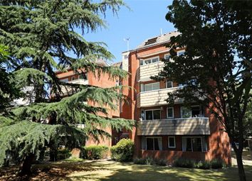 Thumbnail 2 bedroom flat for sale in Inner Park Road, Wimbledon