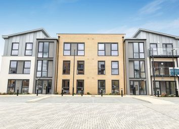 Thumbnail 2 bed flat for sale in Gardeners Close, Bicester