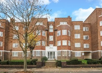 Thumbnail 2 bedroom flat to rent in Adelaide Road, Surbiton