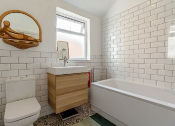 Thumbnail 4 bed terraced house for sale in Victoria Avenue, Hull