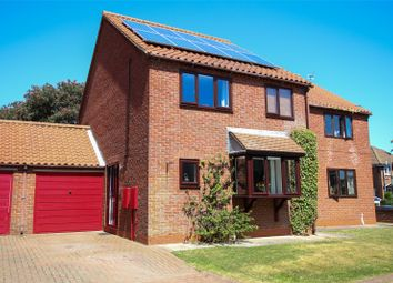 3 bed link-detached house for sale in All Saints Close, Goxhill, North Lincolnshire DN19