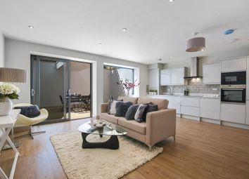 Thumbnail 3 bedroom flat for sale in Rathcoole Gardens, Crouch End, London