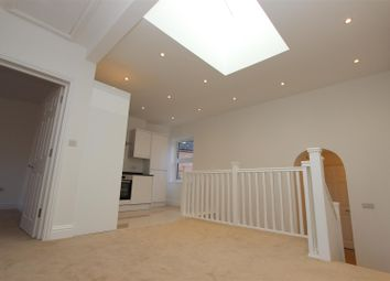 Thumbnail 3 bed flat for sale in Alexandra Road, Old Town, Hemel Hempstead