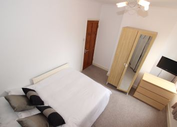 Thumbnail Room to rent in Swansea Road, Room 3, Reading