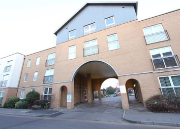 Thumbnail 2 bedroom flat for sale in Kenway, Southend-On-Sea