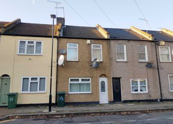 2 bed property to rent in Florence Road, London E13