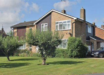 Thumbnail 4 bed detached house for sale in Warwick Gardens, Meopham, Gravesend