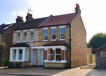Park Road, New Barnet, Barnet EN4. 4 bed semi-detached house