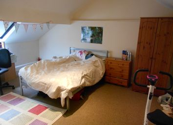 Thumbnail 4 bed detached house to rent in Club Street, Sheffield