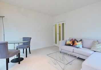 Thumbnail 1 bed flat to rent in Orchard Street, Westminster
