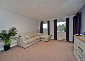 Thumbnail Flat for sale in Molesey Road, Hersham, Walton-On-Thames