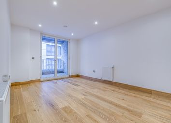 Thumbnail 2 bed flat for sale in Cygnet Street, London