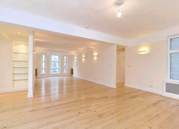 Thumbnail 4 bedroom flat to rent in Berkeley Court, Marylebone Road, London