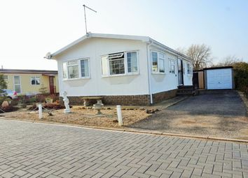 Thumbnail 2 bed mobile/park home for sale in Kingfisher Drive, Skegness