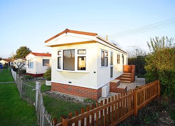 1 bed mobile/park home for sale in Branch Road, Cheltenham, Gloucestershire GL51
