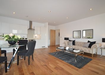 Thumbnail 1 bed flat for sale in Pitfield Street, London