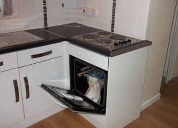 Thumbnail 2 bed flat to rent in Bawtry Rd, Rotherham